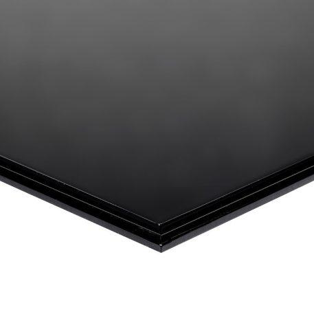 Black Flat Base Step Image