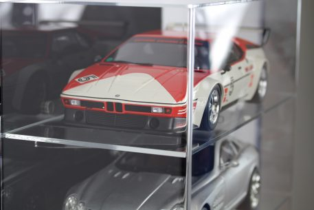 Side view of 1:12 Scale Car Display Cabinet